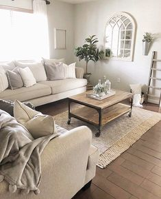 Farmhouse Styled Living Room - In love with this beautiful, farmhouse styled living room designed by Houseofbless_design! Narrow Living Room, Home Living Room, Living Room Designs, Living Room Furniture Sets, Apartment Living, Beige And Grey Living Room, Living Room Planner, Living Room Decor Inspiration, Sofas
