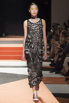 Missoni Spring 2016 Ready-to-Wear Fashion Show