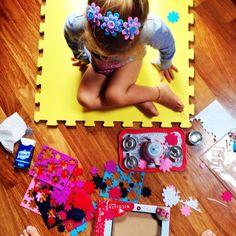 #MaddalenaCorvaglia Maddalena Corvaglia: Busy girls....... #me #littlejamie #sundaymorning #guochidadonne #mylife #maddyctive