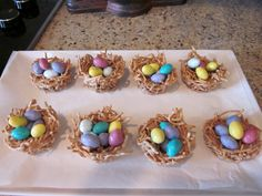 Easter Nests - Mini Marshmallows, Butter, Chow Mein Noodles, Jelly Beans or M's or Robin's Eggs to fill Hoppy Easter, Easter Bunny, Easter Eggs, Easter Food, Easter Dinner, Easter Table, Holiday Treats, Holiday Fun, Holiday Recipes