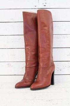 elegents seventies boots http://www.sugarsugar.nl/vintage-schoenen-c-35.html