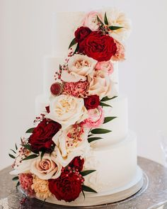 If you're a fan of florals, this idea takes the cake! Incorporate flowers that match back to your bouquet and centerpieces into your wedding cake design for a cohesive look. See more rustic wedding cake, decor, and dress ideas at rusticweddingchic.com 📸: @brandiallysephoto Wedding Cake Rustic, Wedding Cakes With Flowers, Take The Cake, Wedding Cake Inspiration, Wedding Cake Designs, Wedding Desserts, Wedding Goals, Davids Bridal, Tiered Cakes