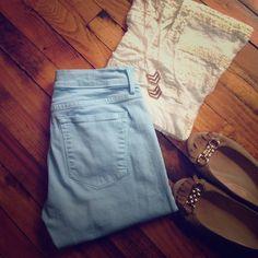 "GAP Light Blue Skinny Jeans Light Blue GAP skinny jeans. Style: legging Jean. 28"" waist, 29"" inseam GAP Jeans Skinny"