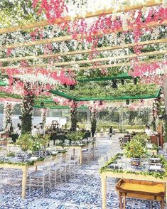 13 Trending and Showstopper Ideas For Wedding Ceiling Decorations Wedding Ceiling Decorations, Umbrella Decorations, Floral Wedding Decorations, Desi Wedding, Wedding Show, Wedding Ideas, Outdoor Wedding Venues, Indoor Wedding, Colorful Umbrellas