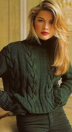 Lovel cable knit deep green sweater.