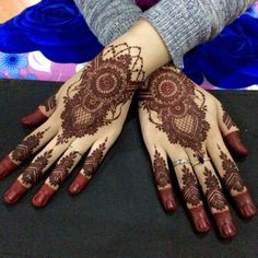 What is a Henna Tattoo? Henna tattoos are becoming very popular, but what precisely are they? Modern Henna Designs, Wedding Henna Designs, Latest Henna Designs, Full Hand Mehndi Designs, Henna Art Designs, Mehndi Designs For Girls, Dulhan Mehndi Designs, Mehndi Designs For Fingers, Mehndi Design Pictures