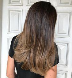brunettes that wants a hint of golden balayage but still maintain their base ✨done with and by . brunettes that wants a hint of golden balayage but still maintain their base ✨done with and by . Hair Color Highlights, Ombre Hair Color, Hair Color Balayage, Brown Hair Colors, Balayage Highlights, Caramel Balayage, Tiger Eye Hair Color, Brown Hair With Blonde Balayage, Caramel Ombre Hair