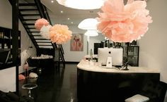 Have you heard of the funky Miss Fox in Melbourne? New article on our website now. Cool retro interiors for fun spa parties! Nail Salon Decor, Beauty Salon Decor, Beauty Salon Design, Beauty Studio, Makeup Studio, Salon Decorating, Beauty Spa, Beauty Room, Miss Fox