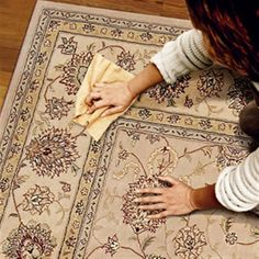 Could come in handy after a party! How to remove all types of carpet stains. Household Cleaning Tips, Cleaning Recipes, Diy Cleaning Products, Cleaning Solutions, Cleaning Hacks, Cleaning Carpets, Steam Cleaning, Cleaning Services, Hacks Diy