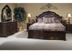 Le Grande Queen Bedroom Group by Liberty Furniture Master Bedroom Set, Wood Bedroom Sets, Bedroom Bed Design, Home Decor Bedroom, Queen Bedroom, Bedroom Ideas, Master Suite, Wood Bed Design, Cheap Bedroom Furniture