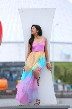 Actress Avanthika new Sizzling photos gallery ★ Desipixer  ★