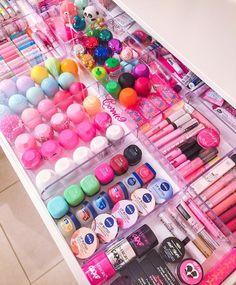 Super makeup room ideas diy make up tips ideas Cute Makeup, Beauty Makeup, Diy Makeup, Beauty Tips, Beauty Products, Lip Care Products, Makeup Products, Makeup Ideas, Fall Makeup