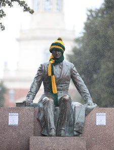homecoming hat & scarf tradition...have to keep judge baylor warm!