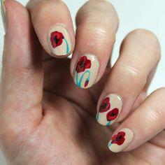 Diceños de uñas con flores