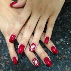 Best Christmas Nail Art Designs for 2019 awesome nail art for christmas Diy Christmas Nails Easy, Xmas Nails, Christmas Nail Art Designs, Holiday Nails, Fun Nails, Christmas Manicure, Christmas Makeup, Trendy Nail Art, Easy Nail Art