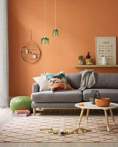 36 white and yellow interior design ideas 20 Chic Living Room, Living Room Decor, Living Room Orange, Orange Rooms, Colourful Living Room, Orange Walls, Yellow Interior, Room Colors, Living Room Designs