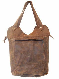 Leren Shopper Vintage Bruin - LET OP: huidige productie is iets donkerder bruin geverfd. Een heerlijk grote leren shopper tas waar alles in past wat je maar mee wilt nemen. Het is een ruige leren shopper, met een dito look.