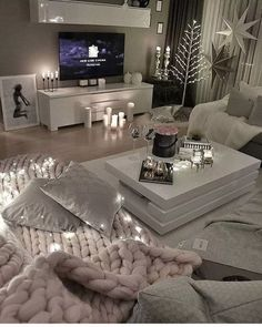 Beautiful And Cozy Living Room Design Ideas To Copy. Here are the And Cozy Living Room Design Ideas To Copy. This post about And Cozy Living Room Design Ideas To Copy was posted under the Living Room category by our team at September 2019 at pm. Winter Living Room, Living Room Decor Cozy, Interior Design Living Room, Home And Living, Living Room Designs, Small Living, Modern Living, Home Theater Design, Apartment Living