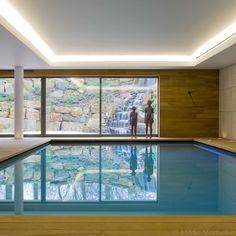 binnenzwembad, onderloopzwembad met jetstream, sfeervolle verlichting | De Mooiste Zwembaden