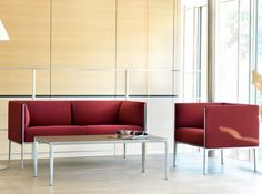 Asienta upholstered benches with backrests / Side tables / seating