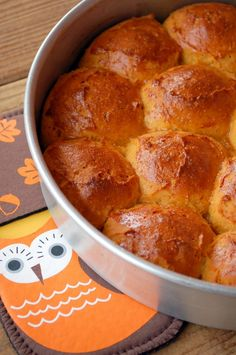 Sweet Potato Pull-Apart Rolls...gluten and dairy free! Must make these next Thanksgiving!