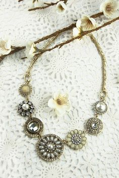 Accent your #vintage gown with the Oliva Necklace.