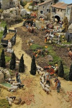 Christmas Nativity Scene, Christmas Villages, Christmas Traditions, Fontanini Nativity, Miniature Fairy Gardens, All Things Christmas, Holidays And Events, Christmas Decorations, Sims Building