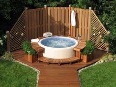 backyard privacy tub