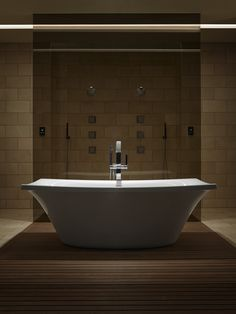 Airjets in the Escale® freestanding BubbleMassage™ Air Bath by Kohler release thousands of bubbles to massage your body at the level of intensity you prefer, helping to center your mind and release tension in your muscles.
