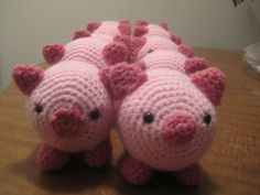 One of our menagerie of amigurumi animals, this little piglet is sure to be a favorite. As seen in Martha Stewart Living, January 2010. (Lion Brand Yarn)
