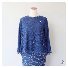 TOP0281v – Navy – EIWA Kebaya Brokat, Dress Brokat, Kebaya Dress, Hijab Dress, Blouse Outfit, Batik Fashion, Hijab Fashion, Women's Fashion, Model Kebaya