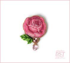 Вышитая бисером брошь ручной работы - Винтажная роза - Броши и аппликации вышитые бисером - авторские украшения из бисера