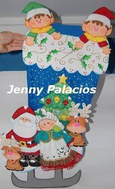 Pesebres tomados de la web :: RT Decoraciones y algo más... Christmas Nativity Scene, Christmas Pictures, Diy And Crafts, Stencils, Favors, Ideas For Christmas, Christmas Things, Kids Activity Ideas, Decorated Notebooks