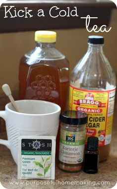 Cold Remedies Kick a Cold Tea--all natural remedy to help with colds and flu - My youngest and I have been battling a nasty cold for the past week and to help keep it from settling into my lungs or turning into a . Natural Home Remedies, Natural Healing, Herbal Remedies, Health Remedies, Holistic Remedies, Holistic Healing, Sinus Remedies, Wellness To Go, Cooking With Turmeric