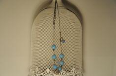 collana CAMBRIDGE - cod. 01 - perle di resina e catena au crochet necklace CAMBRIDGE - resin beads - au crochet http://www.lacortevenezia.it/
