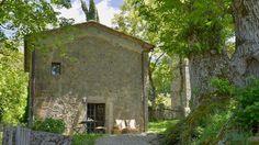 Ferienhaus Castiglione d'Orcia mit Pool für bis zu 2 Personen mieten Hotel Airbnb, Cabin, House Styles, Plants, Travel, Home Decor, Cottage House, Viajes, Decoration Home
