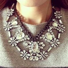 Crystal Bella Necklace - gorgeous! http://rstyle.me/n/fkx6bnyg6