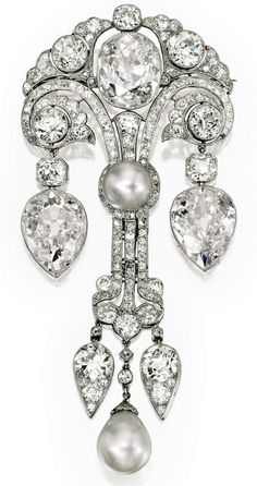 Duchess of Windsor Diamond Brooch, diamonds and pearls.  Windsor Diamond Brooch