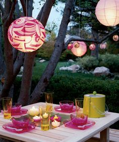 Love the paper lanterns and I think the tree in our backyard would work for this!