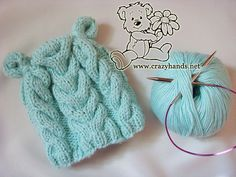 Free knitting pattern of earflap cable beanie. Detailed knitting tutorial with multiple photos and exhaustive explanation of every step.Learn how to knit it