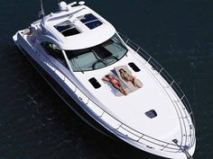 Sea Ray is the world's largest boat manufacturer of superior quality yachts, sport boats, bowriders, cabin cruisers, deck boats and more. Sport Yacht, Yacht Boat, Yacht Club, Party Barge, Sea Ray Boat, Sport Boats, Deck Boat, Love Boat, Boat Stuff
