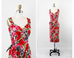 vintage 1950s 50s dress // Red Floral Hawaiian Style Bombshell Wrap Dress
