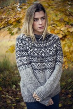 Fair Isle Knitting Patterns, Fair Isle Pattern, Sweater Knitting Patterns, Knitting Sweaters, Cozy Sweaters, Norwegian Clothing, Norwegian Knitting, Icelandic Sweaters, Nordic Sweater