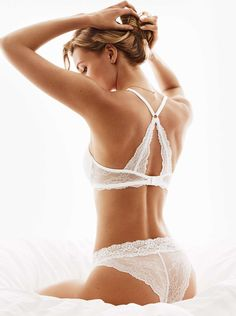 H M Lace Push-Up Bra and Lace Briefs Lacey Lingerie c82cbe71ae