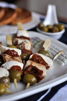 Savory Snacks, Healthy Snacks, Snack Recipes, Cheat Meal, Healthy Dishes, Diy Food, Finger Foods, Tapas, Food Porn