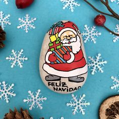 Handmade Christmas Decorations, Christmas Gifts For Kids, Painted Rocks, Hand Painted, Original Gifts, Secret Santa Gifts, Stone Painting, Rock Painting, Gifts For Coworkers
