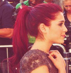 Ariana grande's hair!