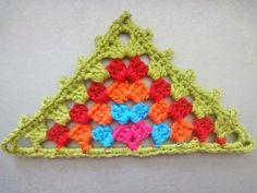 "Triángulo de la abuela ""Abuela"" triángulo de ganchillo."