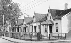 Cottage-style housing on Vanauley Street, Toronto, 1939 Great Depression, Cottage Style Homes, Remembrance Day, Historical Architecture, Ontario, 1930s, Toronto, Nostalgia