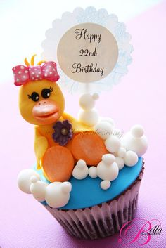 Duck & Bubbles Cupcake